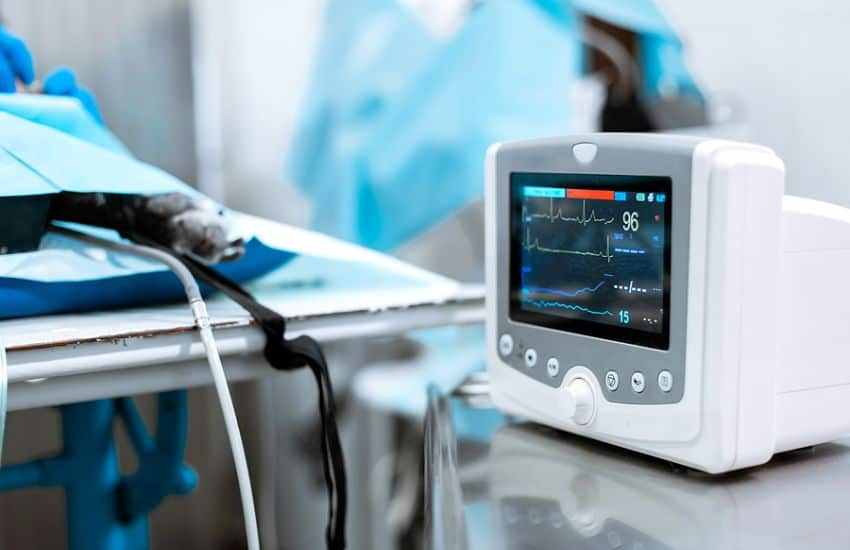 4 Types Of Medical Equipment For Your Cardiology Office